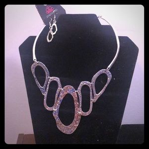 2 paparazzi necklace and earring sets !!